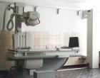 Un medic sucevean face radiografii la Roman