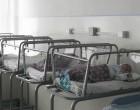 Copiii până în trei ani nu pot fi internaţi în centre de plasament