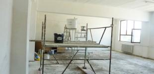 Cabinete şi laboratoare noi în şcolile din oraş