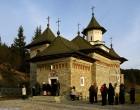 Pensionarii merg în excursie în judeţul Suceava