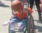 Persoanele cu handicap sunt lăsate la mila sistemului