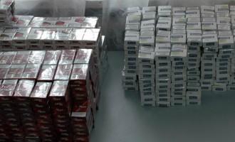 Prins cu țigări de contrabandă în județul vecin