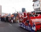 Sute de elevi au participat la Carnavalul de Crăciun