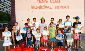 "Tenismeni romaşcani pe podium la Cupa ""Emy"""
