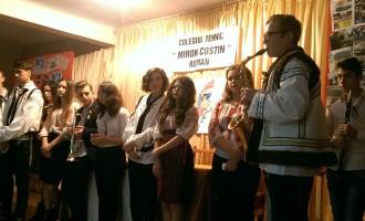 Elevii au sărbătorit Ziua Națională a României