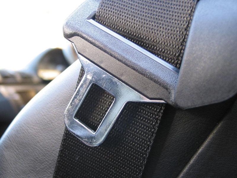 Sute de șoferi sancționați pentru că nu au purtat centura de siguranță