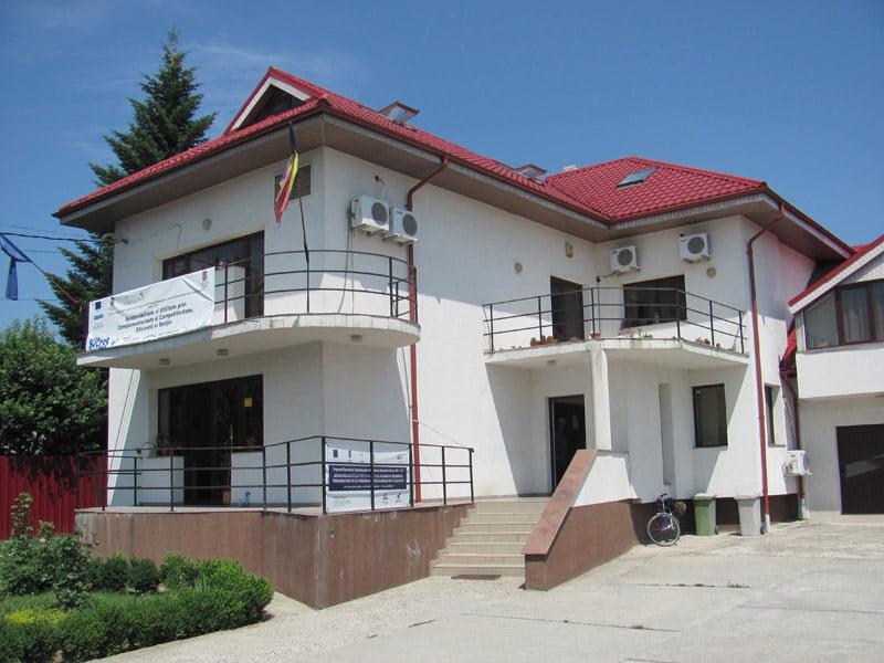202 locuri de muncă pentru romaşcani