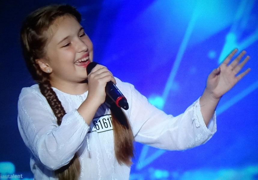 """Romaşcana Diandra Bancu, pe scena show-ului """"Românii au talent"""""""