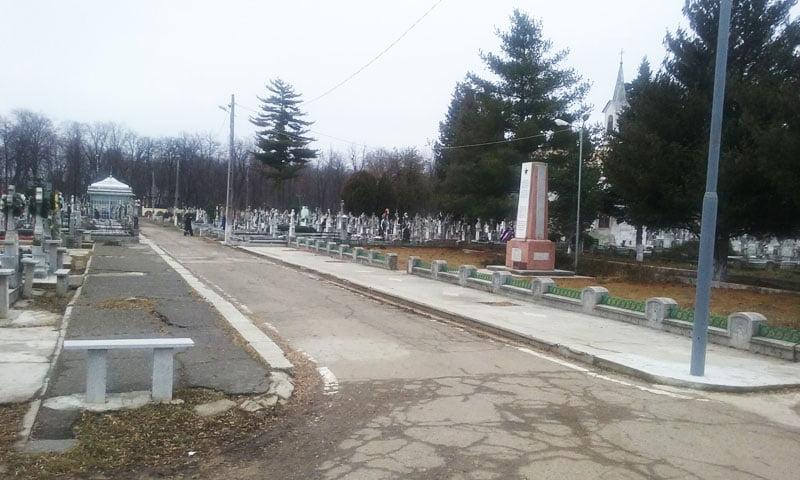 Nemulţumiţi de monumentele dedicate ostaşilor ruşi