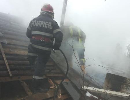 pompierii incendii 01