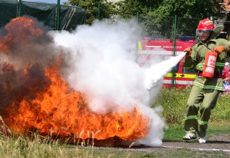 pompierii incendii
