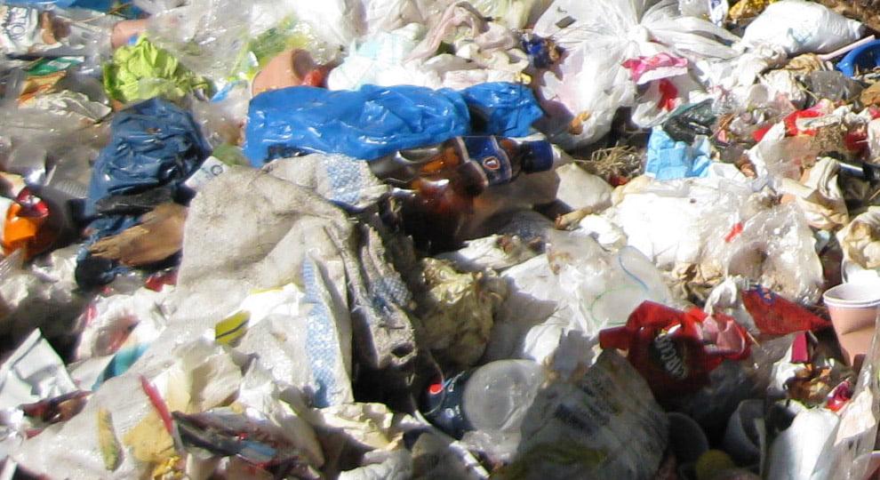 Poliția Locală va sesiza Garda de Mediu pentru aruncarea gunoaielor în zone neamenajate