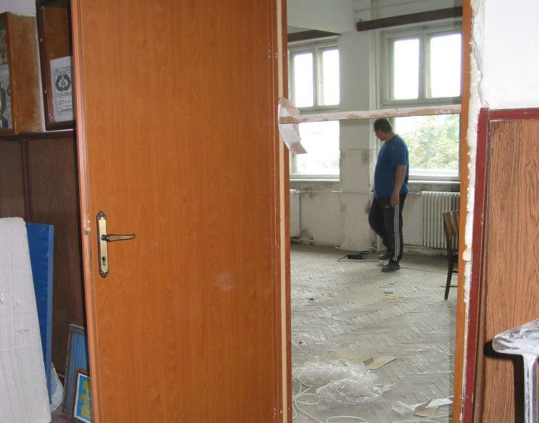 Curăţenia în şcoli a început