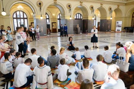 oaspeti copii DGASPC Neamt premier Ciolos 02