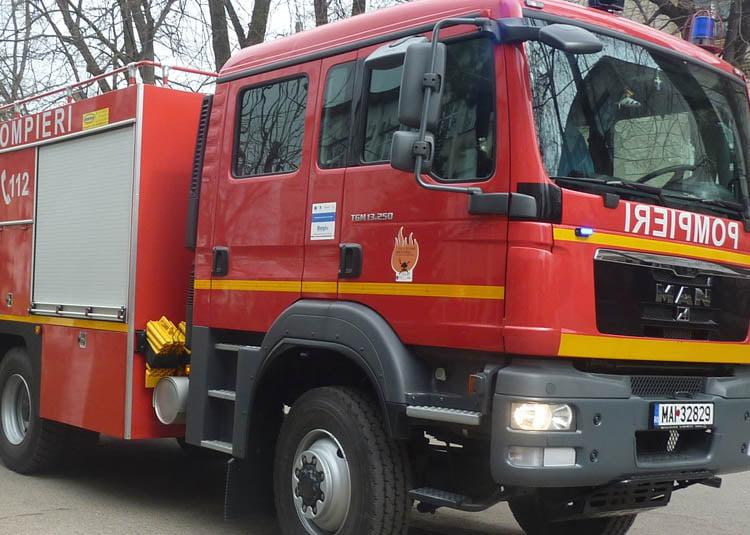 Pompierii avertizează: amenzi de 50.000 de lei pentru lipsa autorizaţiei de securitate la incendiu