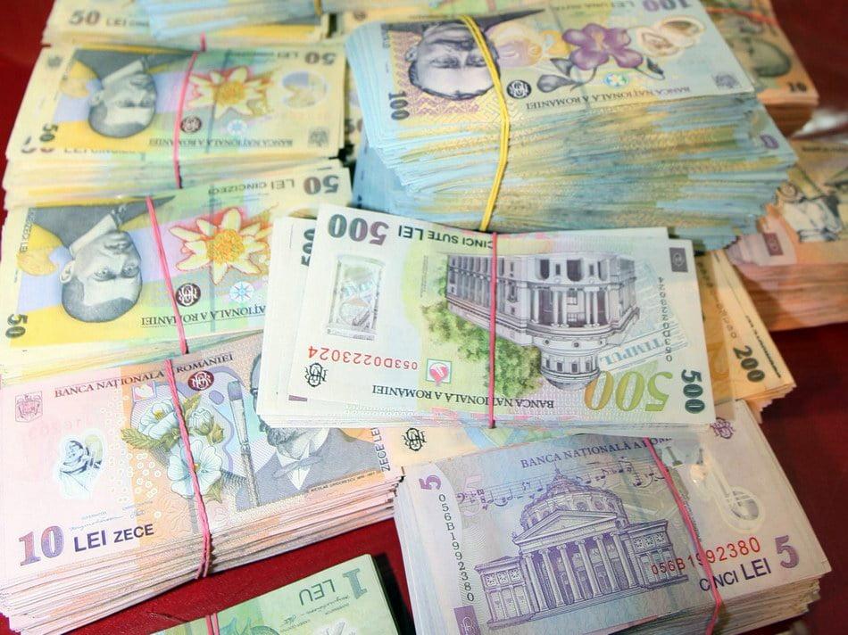 Percheziţii în Neamţ pentru evaziune şi spălare de bani