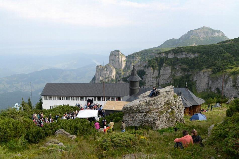 Credincioşi din toată ţara sunt aşteptaţi la Sărbătorile Sfinţilor Nemţeni