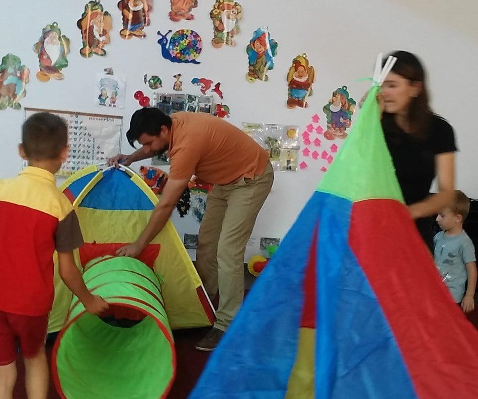 Jocuri şi jucării pentru 150 de copii defavorizaţi