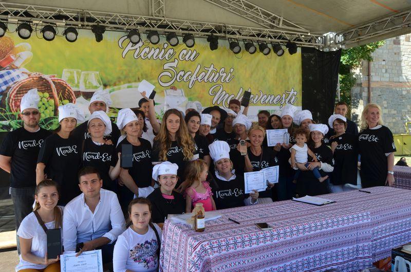 [FOTO] Cele mai gustoase mâncăruri tradiţionale, premiate la festivalul Picnic cu Scofeturi Moldoveneşti
