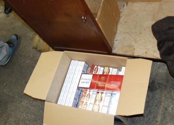 Țigări și alcool, confiscate de polițiști la Tămășeni