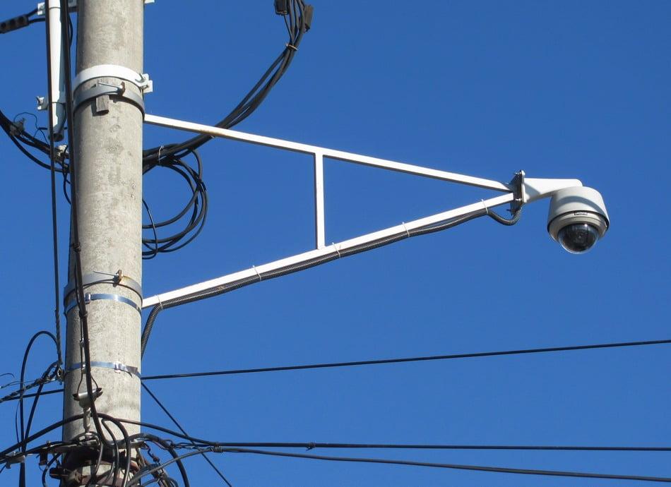 Sistem de supraveghere video pentru prevenirea infracționalității rutiere