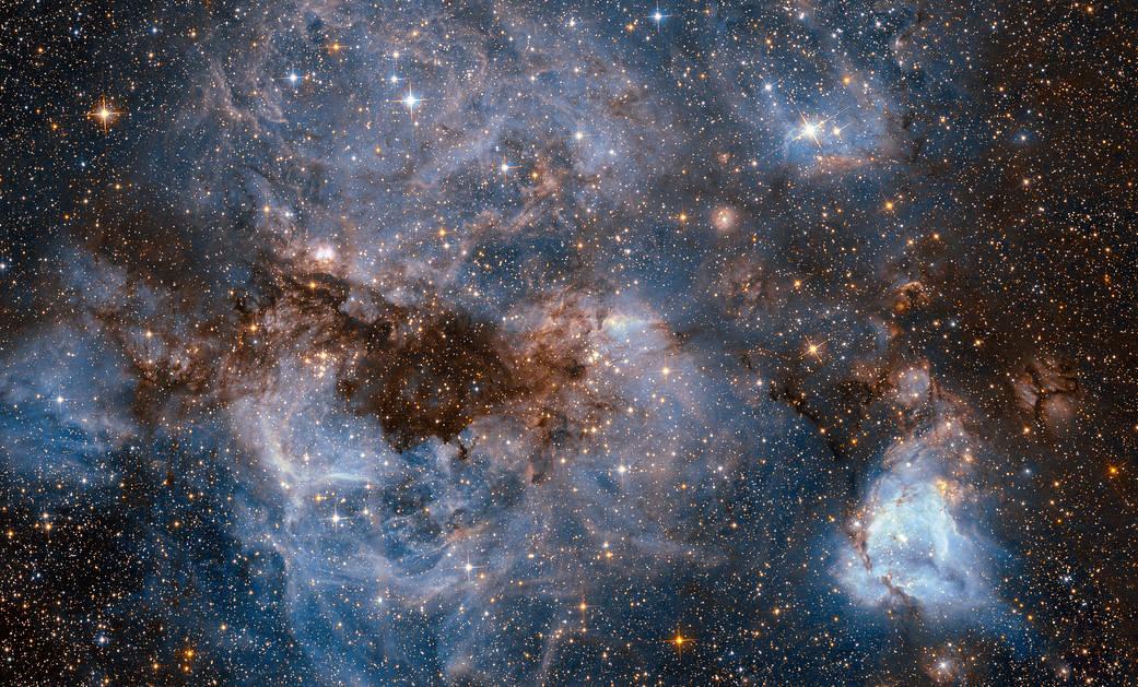 Spectacol de planetariu la Piatra Neamț: Galileo Galilei și robotul Curiosity aduc Universul printre spectatori