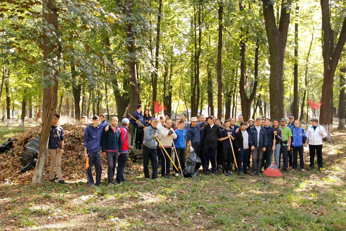 Franciscanii, implicaţi în activităţi ecologice
