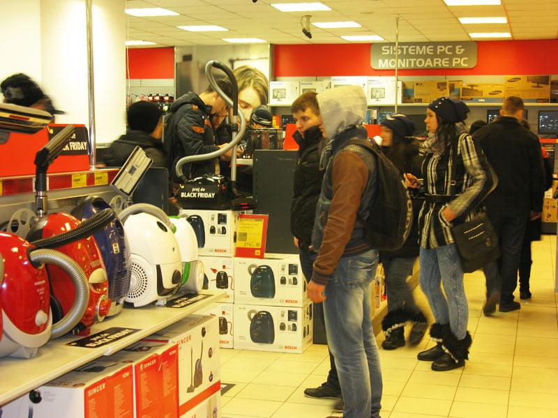 Sfaturi pentru consumatori: atenție la cumpărăturile de Black Friday