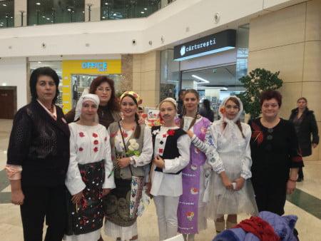 traditii-colegiul-miron-costin-01