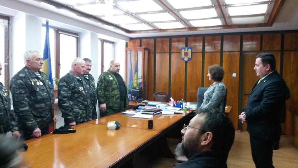 Veterani din Republica Moldova, oaspeți ai Prefecturii Neamț