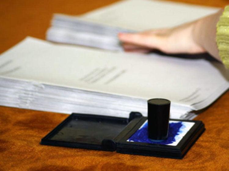 Membrii birourilor electorale își pot ridica banii
