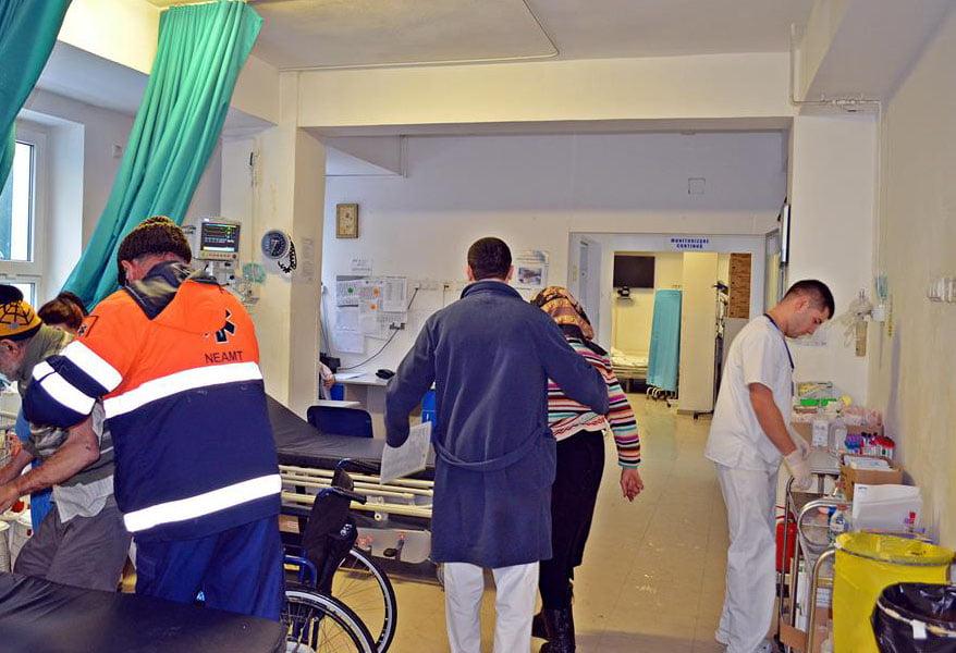 Pacienți la Spital cât jumătate din populația Romanului