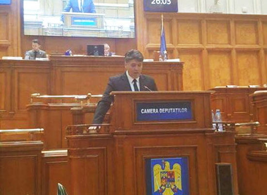 """Vicepreședinte PNL Laurențiu Leoreanu: """"Administrațiile locale trebuie să intre în grevă dacă guvernul nu majorează cota din impozitul pe venit ce revine primăriilor astfel încât bugetele acestora să nu fie diminuate"""""""