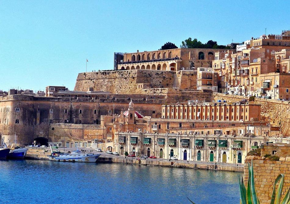 Chestionarele de satisfacție a cetățenilor îl trimit pe primarul Lucian Micu în Malta