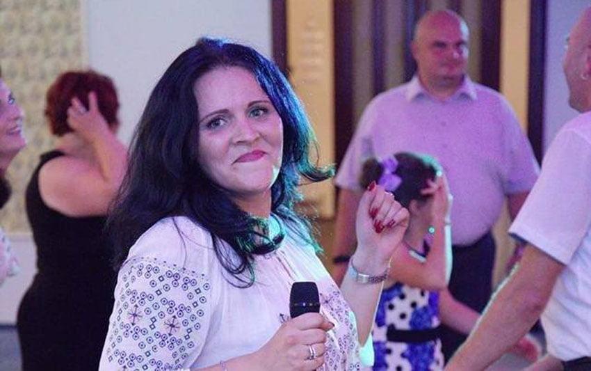 DJ MM, prima femeie DJ din Roman