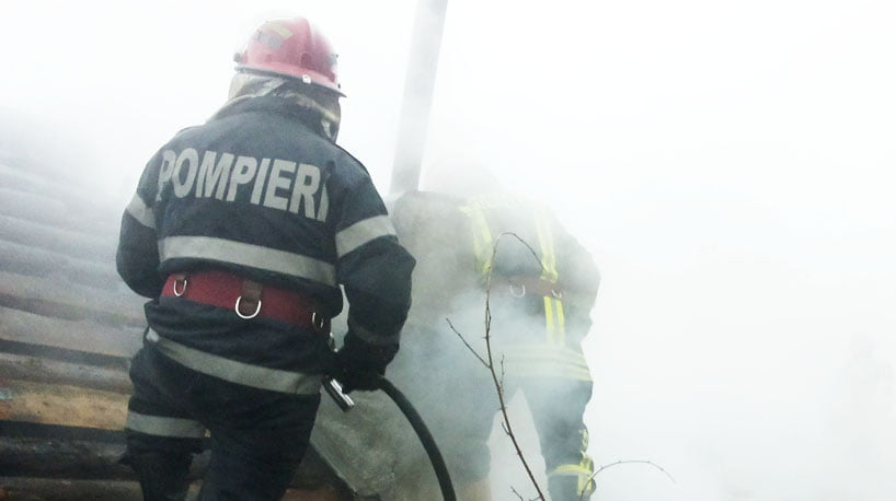 Pompierii avertizează: a crescut substanțial numărul incendiilor produse în perioada Paștelui