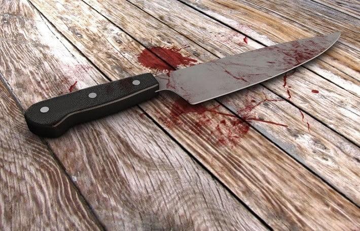 Bărbat din Făurei reţinut de poliţişti după ce l-a lovit cu cuțitul pe concubinul mamei