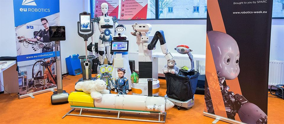 Caravana Roboticii ajunge joi la Piatra Neamț