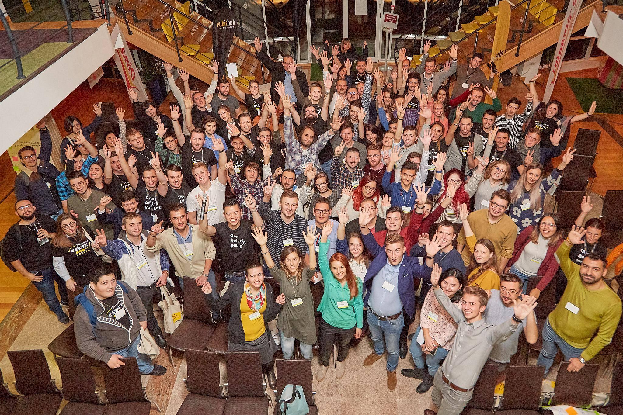 Startup Weekend, competiția ideilor de afaceri, la Rubik Hub Piatra Neamț