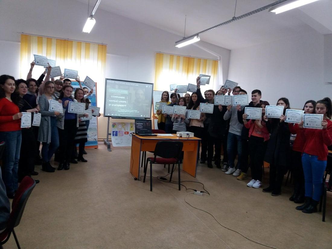 "Colegiul Tehnic ""Petru Poni"" susține România prin Tehnologie"