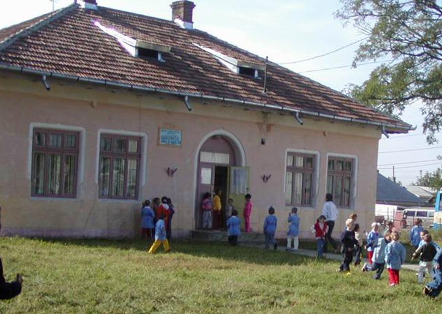 Fostul sediu al Jandarmeriei, posibil casă nouă pentru copiii cu dizabilități
