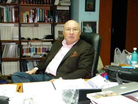 Medicul Mihai Lucan, acuzat de delapidare, riscă să-și piardă și titlul de cetățean de onoare al Romanului