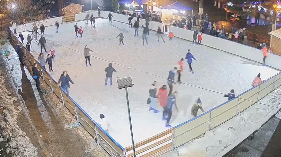 Gratuitate la patinoar, pentru femeile ce își serbează onomastica de Sf. Ioan