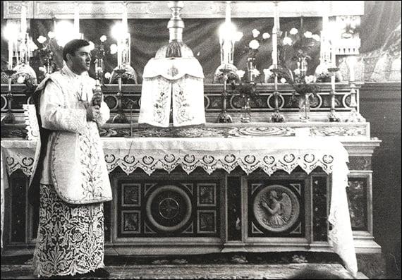 Liturghia de instalare a Mons. Petru Gherghel (4 aprilie 1978)