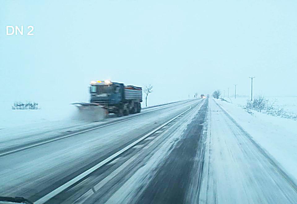 Avertizările drumarilor în condiții de cod galben de vreme rea