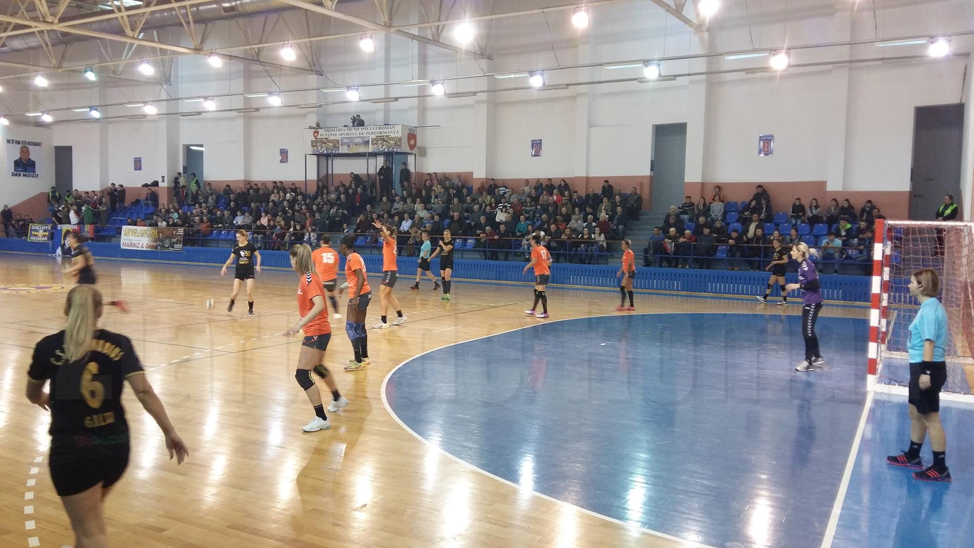CSM Roman s-a calificat în semifinalele Cupei României