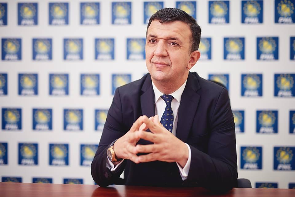Romașcanul Liviu Brătescu, noul membru în Consiliul de Administrație al TVR din partea PNL