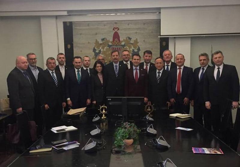 Ce face primarul Lucian Micu în Estonia