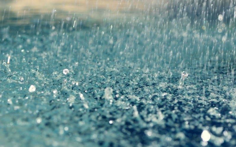 Ploi în averse la sfârșit de săptămână, în întreaga țară