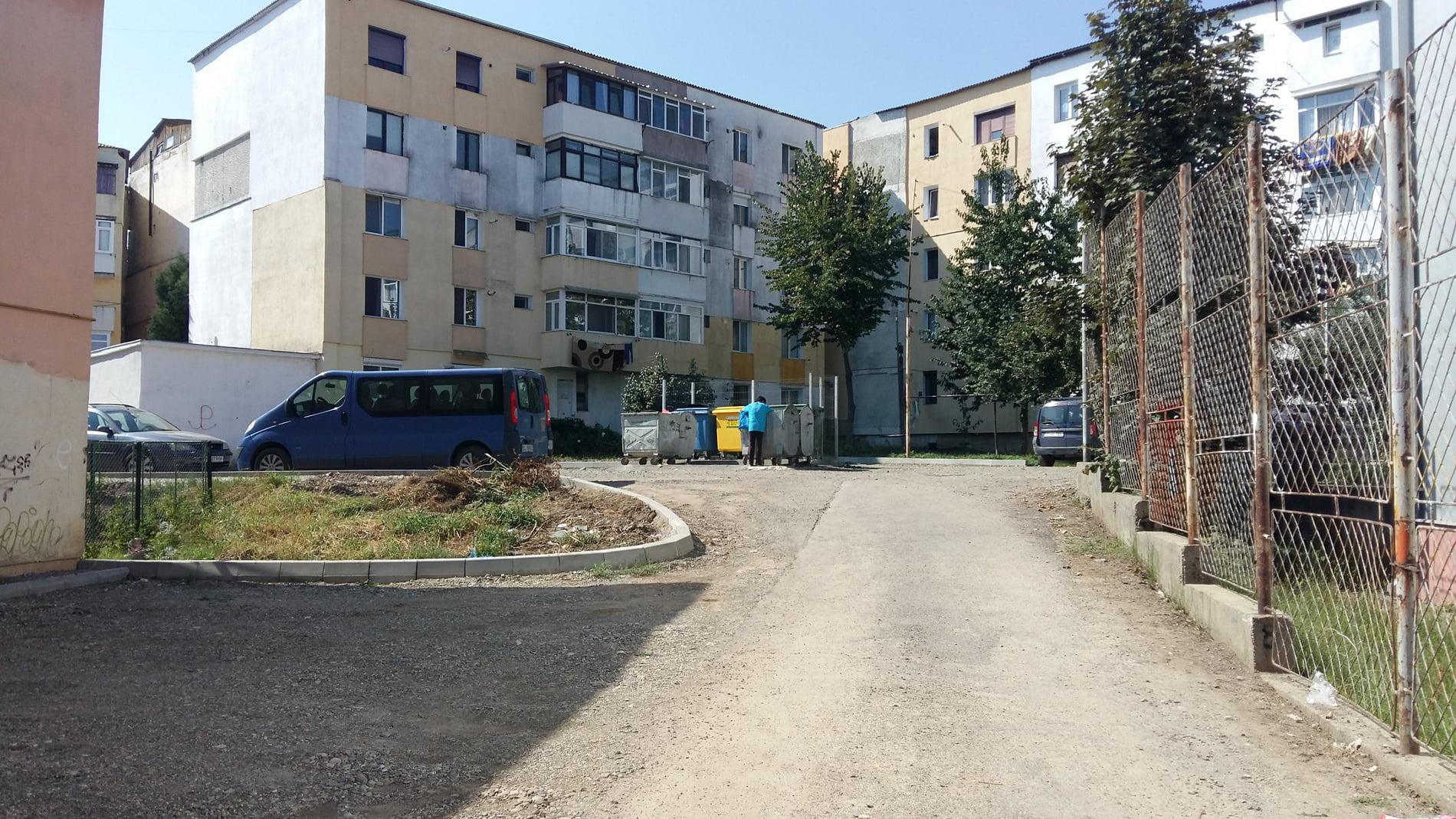Se construiesc încă două parcări rezidențiale